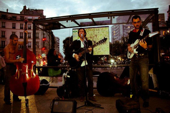 Rouge Rouge Jam avec Letrèfle, Pit Et Gonzo @Place Ménilmontant le 11 NOV 2011 ©Aglaé De Mourgues
